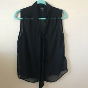 Guess Sleeveless Top Size Large